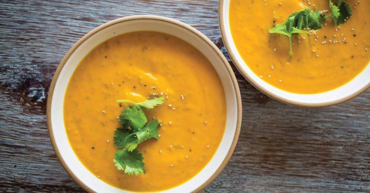 51250210_creamy-coconut-ginger-carrot-soup_6x4-754x394-1 Receitas
